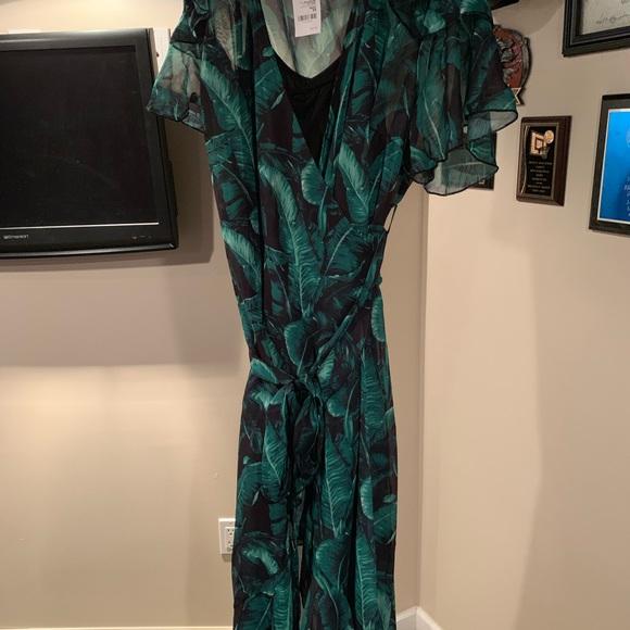 Charlotte Russe Dresses & Skirts - Palm Lead Hi-Lo Wrap Dress